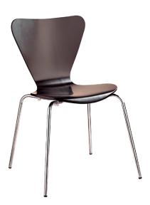 Krzesło Serie 7 – Arne Jacobsen.