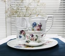 """Rosenthal, jubileuszowa kolekcja """"Maria Flowers"""" - filiżanka i dzbanek kawowy, mlecznik"""